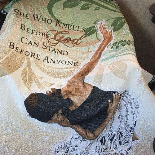 She Who Kneels Tapestry Throw